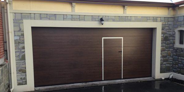 M-Rib DecoGrain Dark Oak - PA Door (1)