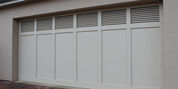 Tilt Contemporary Ply w Louvres - Painted (1)
